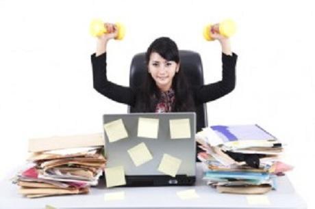 Trainieren Im Büro Fitness Zwischen Pc Und Telefon Luxus Bodyde