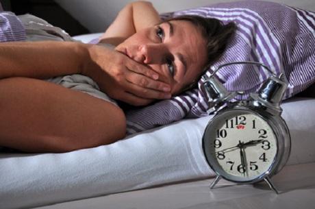 Schlafmangel führt zu Übergewicht